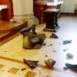 Como, raid in chiesa: mani mozzate statua Vergine2