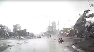 Dentro al tornado con l'auto3