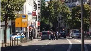 Germania, un uomo armato si barrica in un ristorante