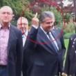 YOUTUBE Germania: vicecancelliere Gabriel, dito medio a neonazi7