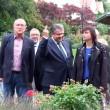 YOUTUBE Germania: vicecancelliere Gabriel, dito medio a neonazi6