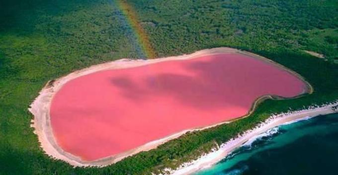 Laguna rosa dello Yucatan è realtà: su Instagram