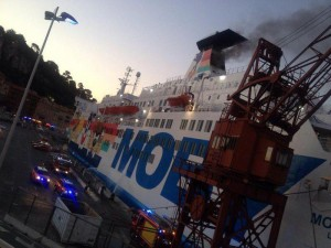 Guarda la versione ingrandita di  Nizza: incendio a bordo nave Moby Lines, un ferito
