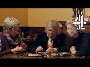 Nonne fumano marijuana per la prima volta