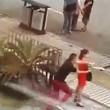 Poliziotto fuori servizio salva donna da suicidio6
