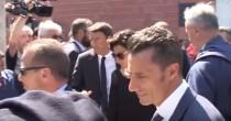 """VIDEO YOUTUBE Matteo Renzi, fischi dopo funerali ad Ascoli: """"Ci hai portato qualche bonus?"""""""
