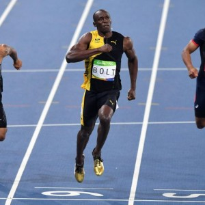 Guarda la versione ingrandita di YOUTUBE Rio 2016, Usain Bolt re dei 100 metri per la terza volta consecutiva