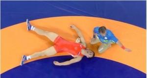 Rio 2016, lottatore russo perde i sensi si riprende e vince oro777