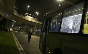 Rio 2016, pietre contro navetta giornalisti Parco Olimpico