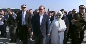 Guarda la versione ingrandita di YOUTUBE Turchia, ad Istanbul con Erdogan 3 milioni di persone contro il golpe