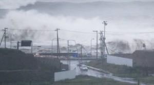 YOUTUBE Giappone, tifone provoca 11 morti 3 dispersi nel Tohoku FOTO
