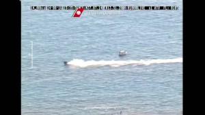 Guarda la versione ingrandita di YOUTUBE Acquascooter vicino alla costa, rischia di travolgere bagnanti