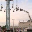 Giostra si ferma a 20 metri d'altezza4