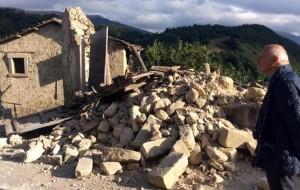 Terremoto: mille euro a metro quadro. Li pagheresti per casa tua?