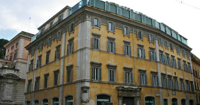 Ciriaco De Mita, attico in vendita: 630 mq in centro a Roma a 11 milioni2