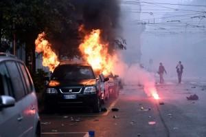 Auto in fiamme in galleria: chiuso tratto A24