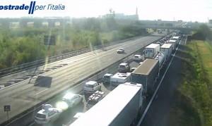 Incidente vicino Parma, panico su A1: 10 km di coda