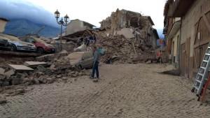 Guarda la versione ingrandita di Terremoto Centro Italia, protezione civile: