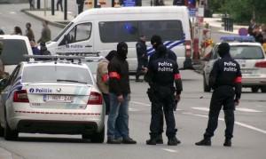 Liegi (Belgio): uomo va in giro col machete, evacuato intero quartiere (foto Ansa)