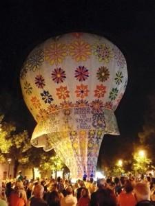 Bari, il nome del clan sulla mongolfiera alla festa del patrono a Valenzano FOTO