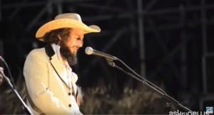 VIDEO YOUTUBE Vinicio Capossela omaggio vittime terremoto Amatrice
