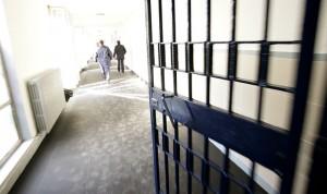 Guarda la versione ingrandita di Pesaro: detenuto marocchino dà pugno a poliziotto in carcere (foto Ansa)