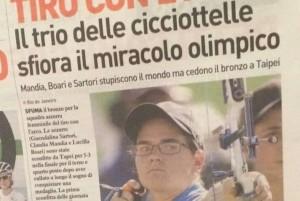 """Giuseppe Tassi perdonato da tiratrici con l'arco per """"cicciottelle"""" VIDEO"""