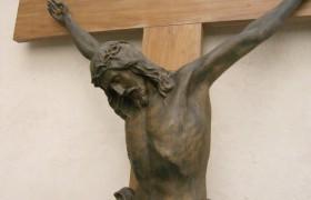 Rapallo, coppia musulmana vuol sposarsi in Comune, sindaco non toglie il crocifisso