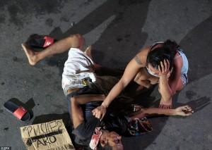 Filippine, la guerra alla droga di Duterte: 1.800 spacciatori uccisi in due mesi
