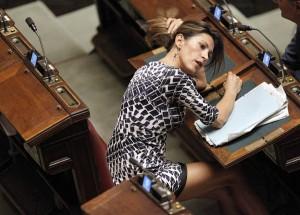 Guarda la versione ingrandita di Elvira Savino (Forza Italia): sua la proposta di legge del carcere per chi impone dieta vegana a figli minori di 16 anni (ANSA)