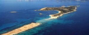 Formentera. Razzo da yacht italiano: incendio e rivolta isolana