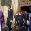 Anna Marchesini, al funerale il volto straziato di Massimo Lopez e Tullio Solenghi FOTO 3