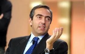 """Gasparri rilancia Forza Italia, poi l'avvertimento<br /> """"Paese muore di improvvisazione e di imbecilli"""""""