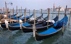 Guarda la versione ingrandita di Gondole a Venezia