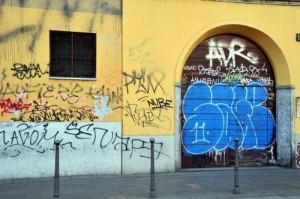 Udine: vandali imbrattano il muro di casa? Pulisci o multa