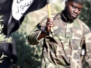 Guarda la versione ingrandita di Harry Sarfo, jihadista pentito racconta al New York Times come Isis organizza attentati all'estero
