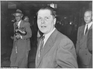 """Guarda la versione ingrandita di Jimmy Hoffa, sindacalista scomparso 40 anni fa: """"Ucciso da Irishman"""""""