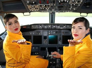 Ryanair assume hostess: basta essere alte 157 centrimetri
