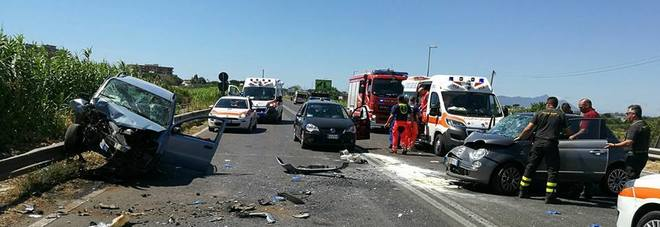 Terracina (Latina): incidente stradale, 5 feriti gravi