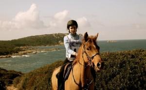 Guarda la versione ingrandita di Irene Avitabile cade da cavallo e muore: 23enne talento equitazione (foto da Facebook)