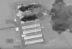 Guarda la versione ingrandita di YOUTUBE Isis, raid Usa fa saltare in aria fabbrica veicoli bomba