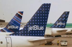Terrore su volo Boston-Sacramento: turbolenze, 24 feriti, atterraggio emergenza