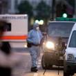 Terrore Londra, attacco a coltellate: un morto e sei feriti 2