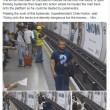 Metro Londra: salva uomo su binari. Caccia all'eroe misterioso3