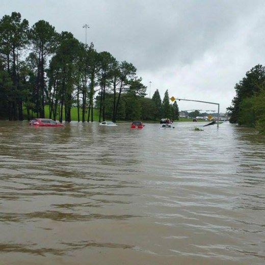 YOUTUBE Louisiana alluvione: 20mila sfollati, morti5