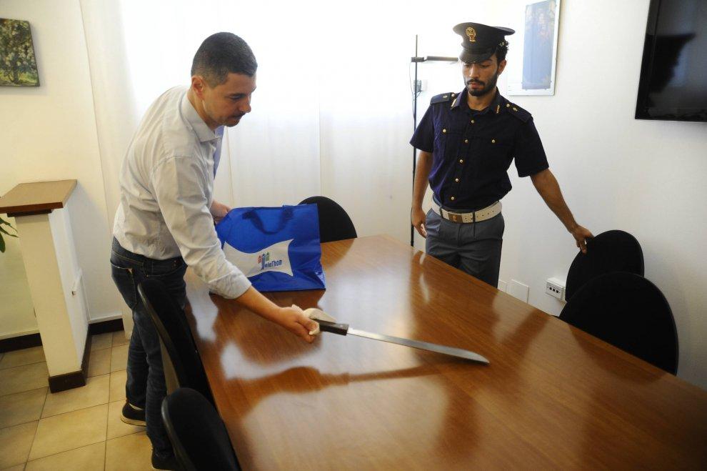 Milano, gang latinos: 6 arresti per omicidio, trovato machete che ferì capotreno 3