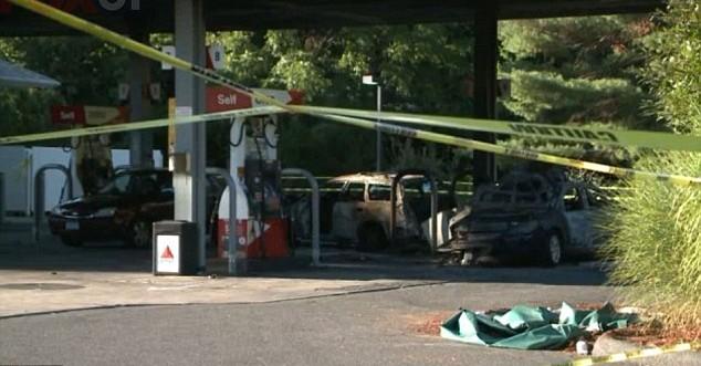 VIDEO YOUTUBE Incidente al distributore di benzina: madre salva i figli