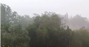 """VIDEO YOUTUBE Nubifragio e grandine """"orizzontale"""" su Terni"""