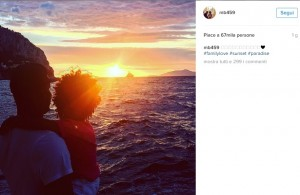 Mario Balotelli versione papà: in barca con Pia5