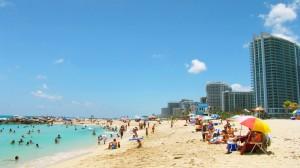 """Zika, """"donne incinte, evitate Miami Beach""""; appello autorità Usa"""